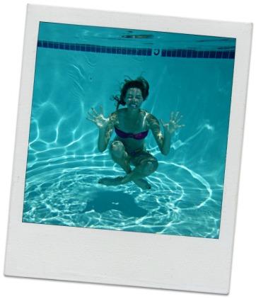 Goofball underwater pic (stronglikemycoffee.com)