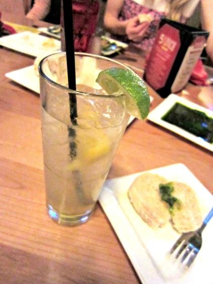 Skinny Acai Lemonade (stronglikemycoffee.com)