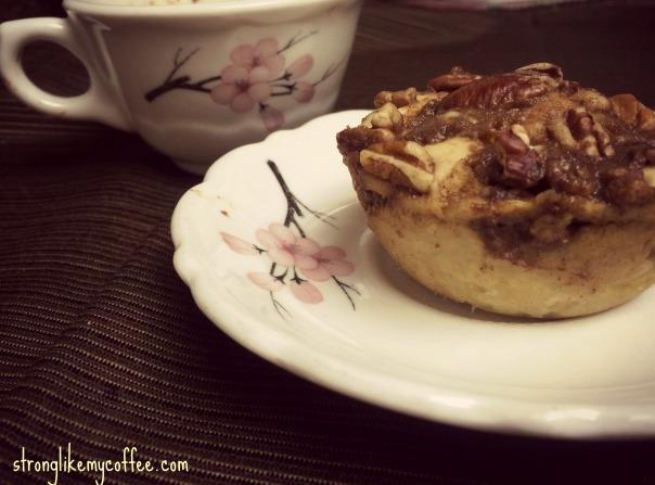 Coffee Cake Mug Recipe (Stronglikemycoffee.com)
