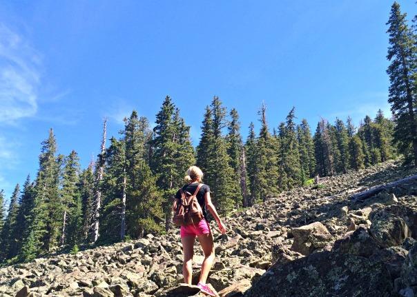 Hiking Mt Humphreys steep (stronglikemycoffee.com)