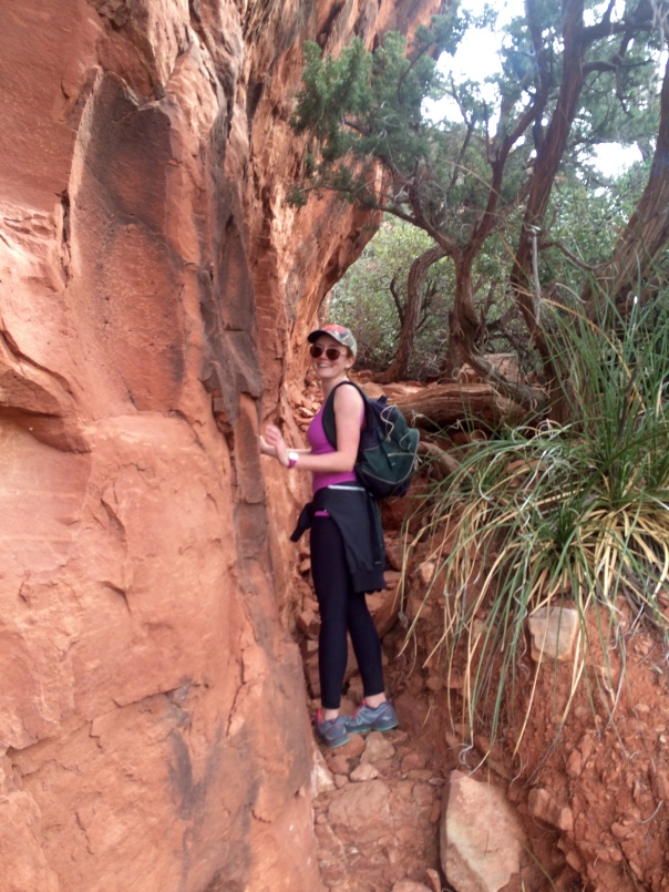 Kerri hiking in sedona (Stronglikemycoffee.com)