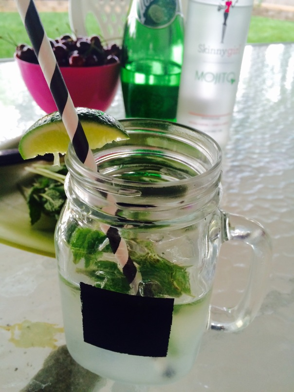 Skinny Girl Mojito Recipe / Light Cocktail | Stronglikemycoffee.com