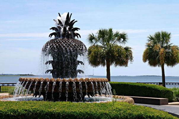 Charleston SC Pineapple Fountain on Stronglikemycoffee