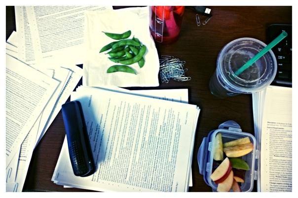 Marketing Student Office Girl | Strongilkemycoffee.com Healthy College Girl Blog
