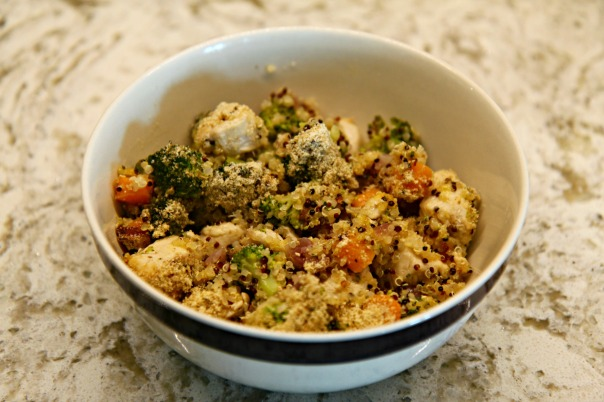 Clean Recipe Quinoa Chicken Veggie Bake on Stronglikemycoffee.com