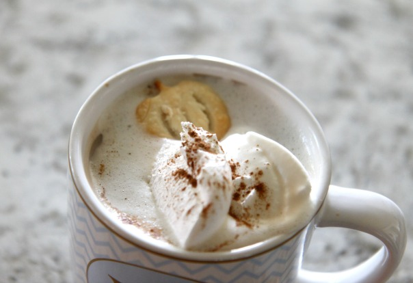 pie-crust-pumpkin-hot-chocolate-stronglikemycoffee-com