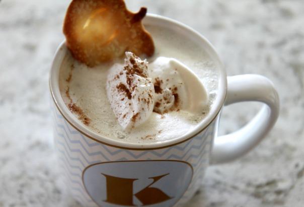pie-crust-pumpkins-hot-chocolate